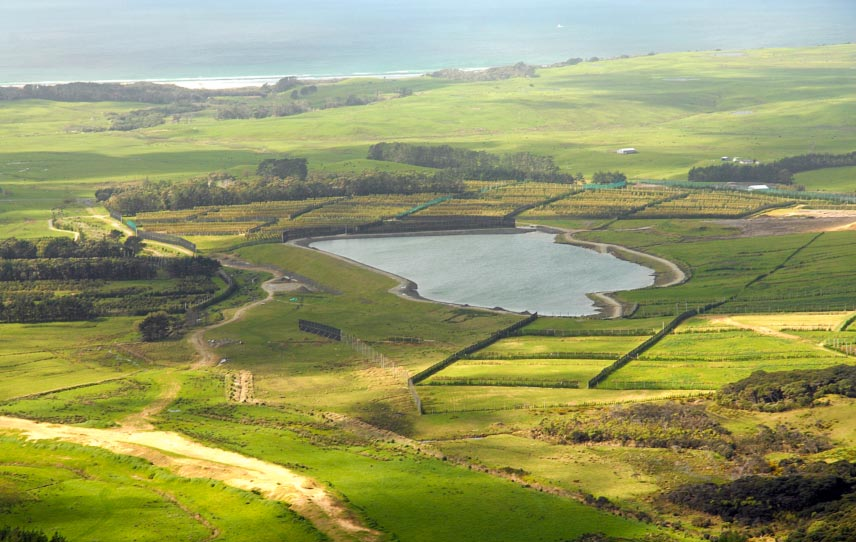 Closer view showing the 6.4h dam/lake and overall set-up of the orchard